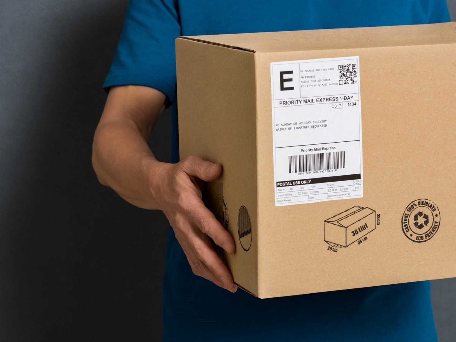 tape and label ecommerce shipping